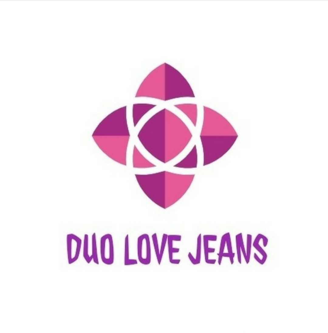 Duo love jeans